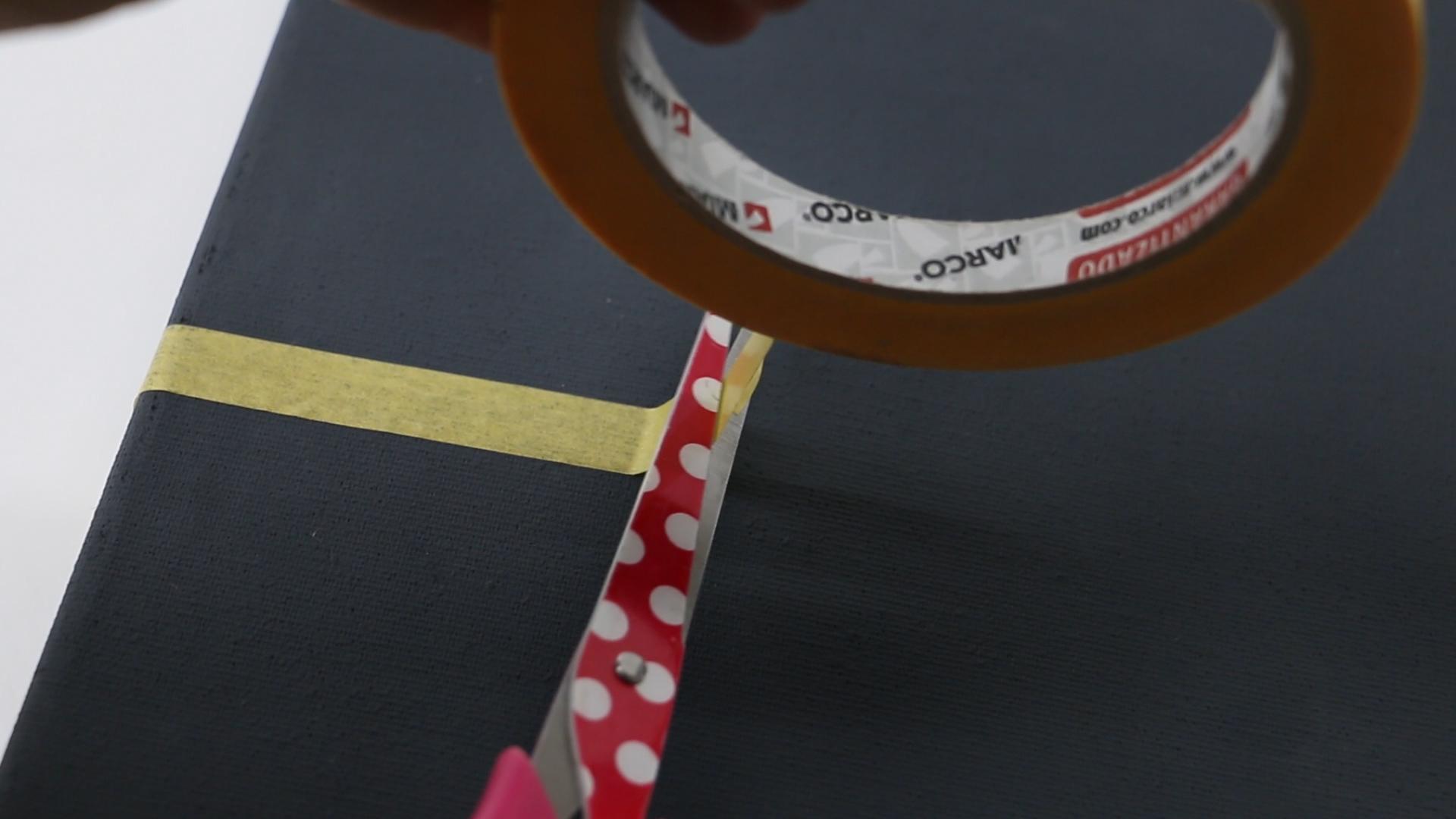 DIY CUADRO SKYLINE CON WASHI Y LIJAS.Imagen fija019