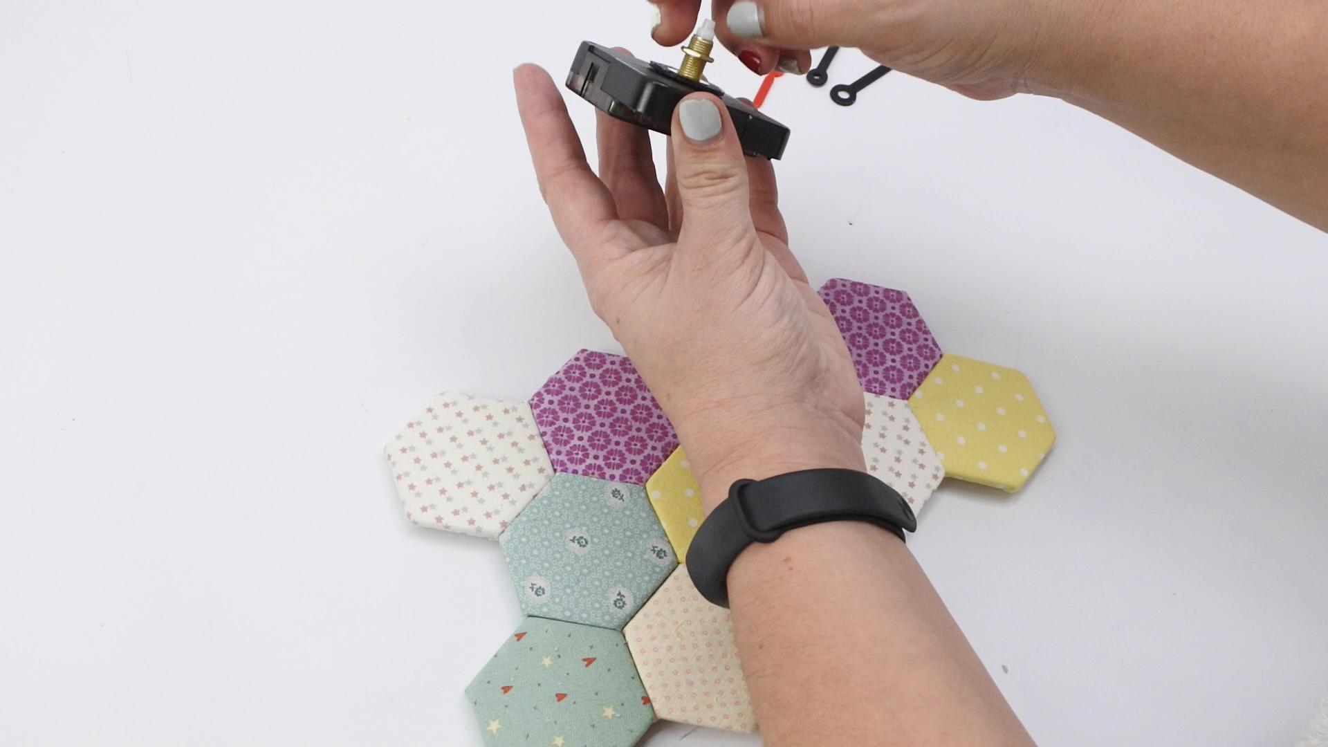 diy reloj falso patchwork 48